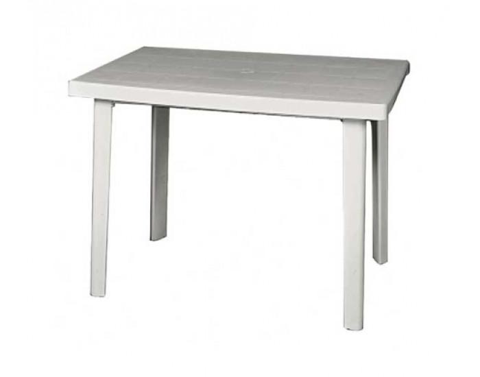 маса за двор