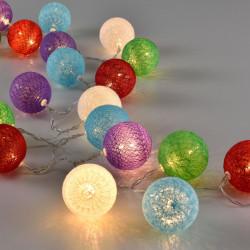 Коледна светлинна украса LED осветление, тип гирлянда, цветни топки, 2,3m - Сезонни и Празнични Декорации